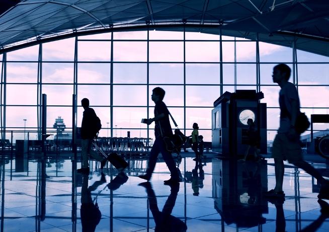Als hauptberuflicher DJ wirst du viel unterwegs sein und eine Menge Flughäfen sehen