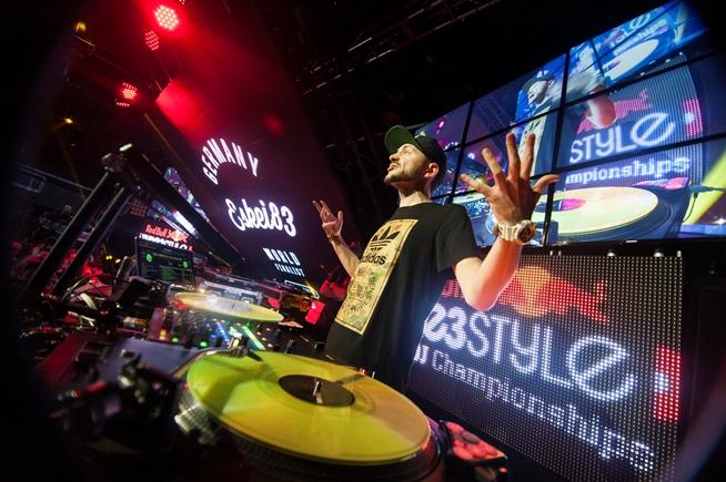 DJ Eskei83 während des RedBull Thre3Style Finales in Toronto letztes Jahr