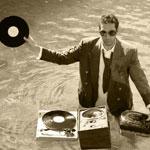 12 DJ Angewohnheiten die dich vielleicht etwas seltsam erscheinen lassen